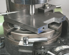 Rotary Table, aligning the workpiece